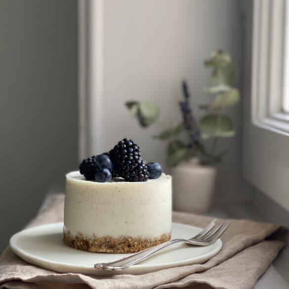 Joghurt-Törtchen-Granola-Boden